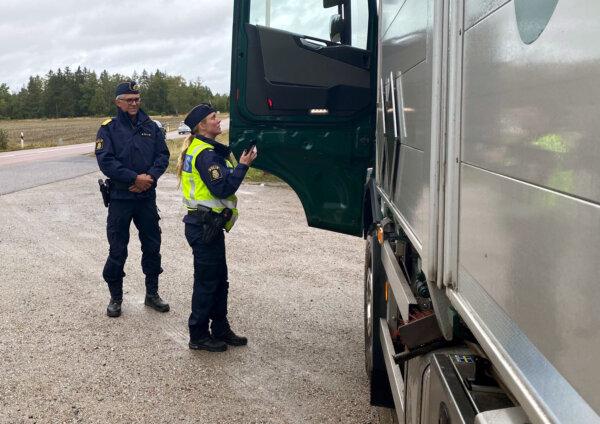 Švedai nori padidinti baudas už neteisėtą kabotažą. Tai bus didžiausios baudos už šį nusižengimą ES