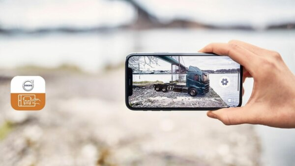 Build your own virtual Volvo and take a photo of it anywhere you wish