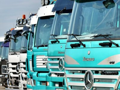 Trucker & carrier fined €10,000 for multiple drivers' hours rule violations, including 24-hour drive