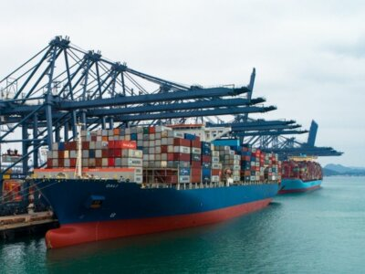 Перебои в логистике из-за карантина в китайском порту Яньтянь привели к проблемам глобальной торговли