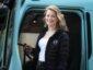 Verlockendes Trucking Girl als Botschafterin von Volvo Trucks Poland