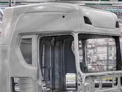 Nowe, większe kabiny Scanii. Co zyska kierowca?