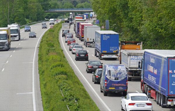 Пик сезона немецких пробок. ADAC дает список самых переполненных маршрутов