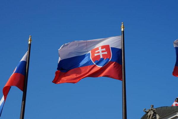 Slovakija sustabdė vieną iš sunkvežimių eismo apribojimų. Kada vairuotojas galės važiuoti be apriboj