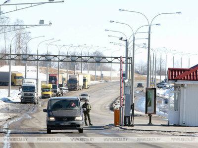Литва приостановила выдачу виз белорусам, в том числе водителям