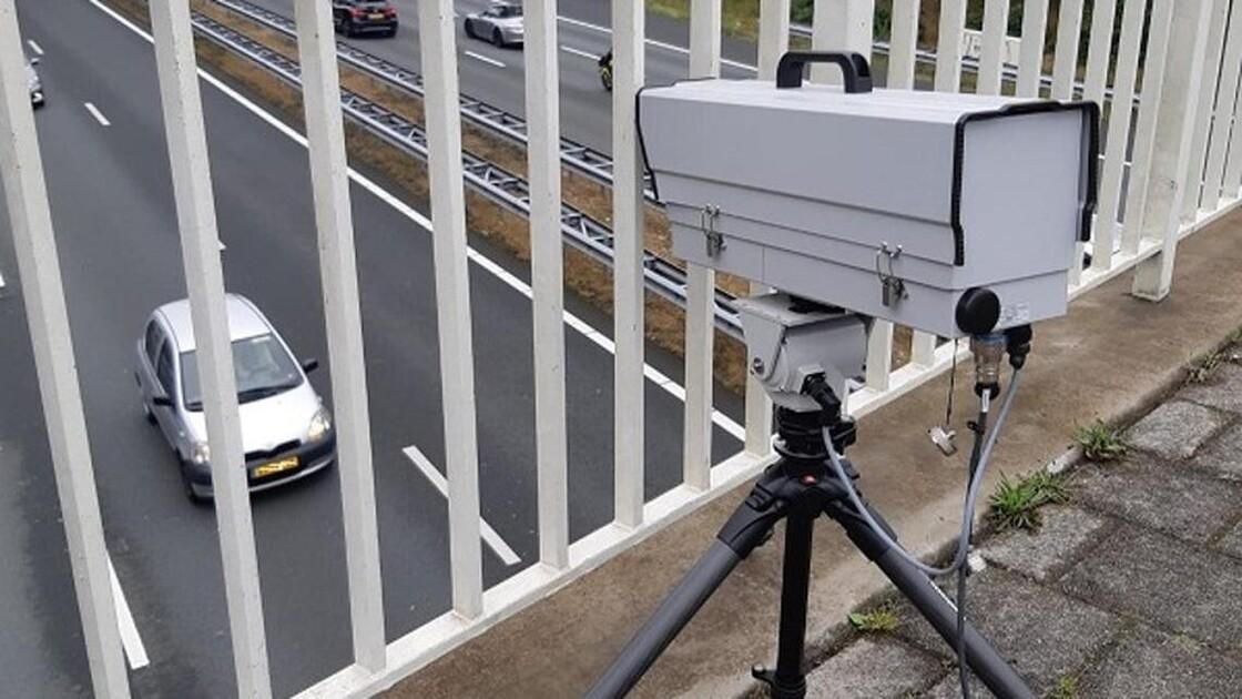 Nyderlandų policija pradėjo naudoti telefono laikymą rankoje atpažįstančią kamerą