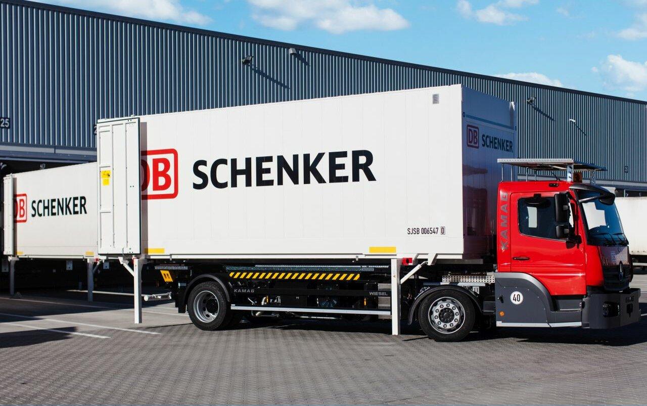 DB Schenker rusza z obsługą paczek dużych, ciężkich i… brzydkich
