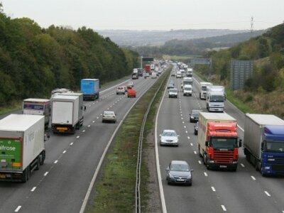 Lockerung der Arbeitszeitvorschriften für Fahrer: Britische Regierung veröffentlicht Details