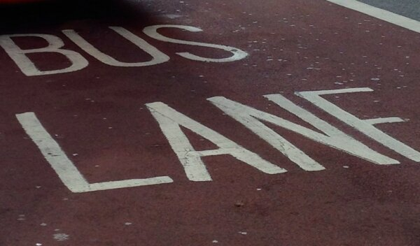 """Trucker brands Hull's bus lanes a """"money-making racket"""" after being fined £60"""