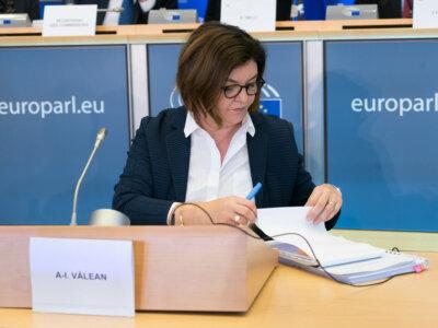 67 de europarlamentari adresează o nouă scrisoare deschisă Vicepreședintelui Timmermans și Comisarului Vălean pe tema Pachetului de Mobilitate