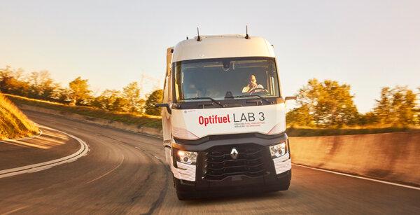 """Kuro sunaudojimas sumažės 12,5 proc.? """"Renault Trucks"""" teigia, kad tai įmanoma"""