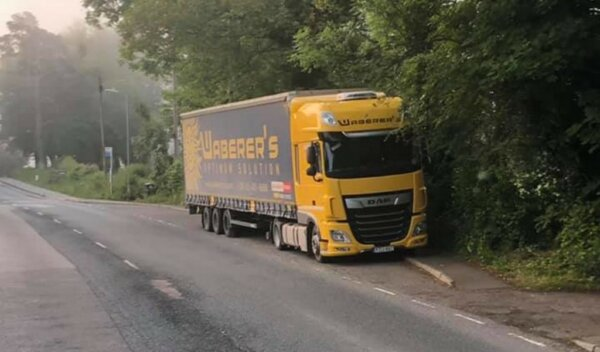 Drivers warned over littering and illegal parking despite end of HGV clamping in Kent