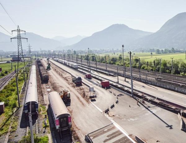 Creștere a traficului de camioane în Brenner în luna august din cauza suspendării temporare a servic