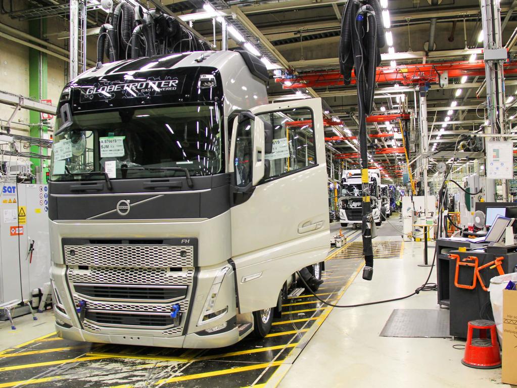 Puslaidininkių deficitas ir toliau varžys gamybą. Automobilių pramonė praranda milijardus, tačiau tai tik pradžia