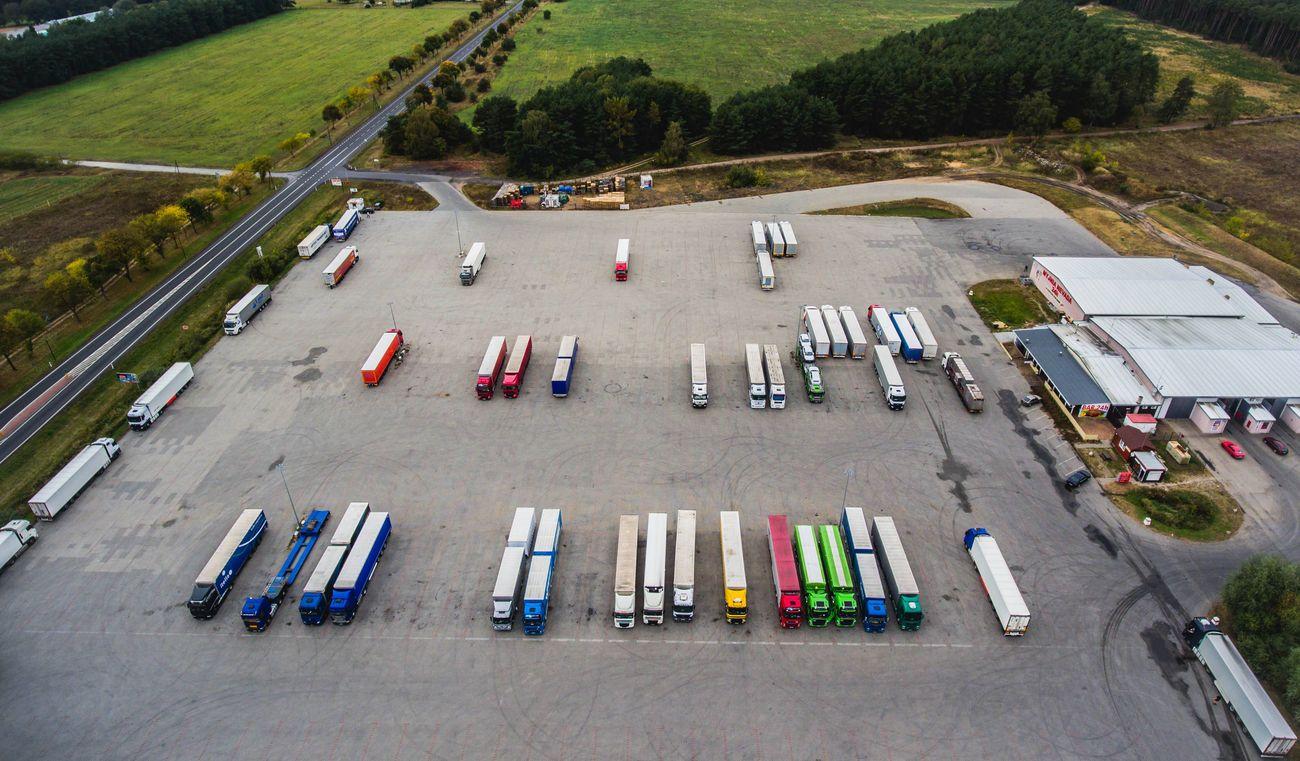 Как снизить риски при транспортировке груза? Участники логистического рынка рассказали о действии злоумышленников