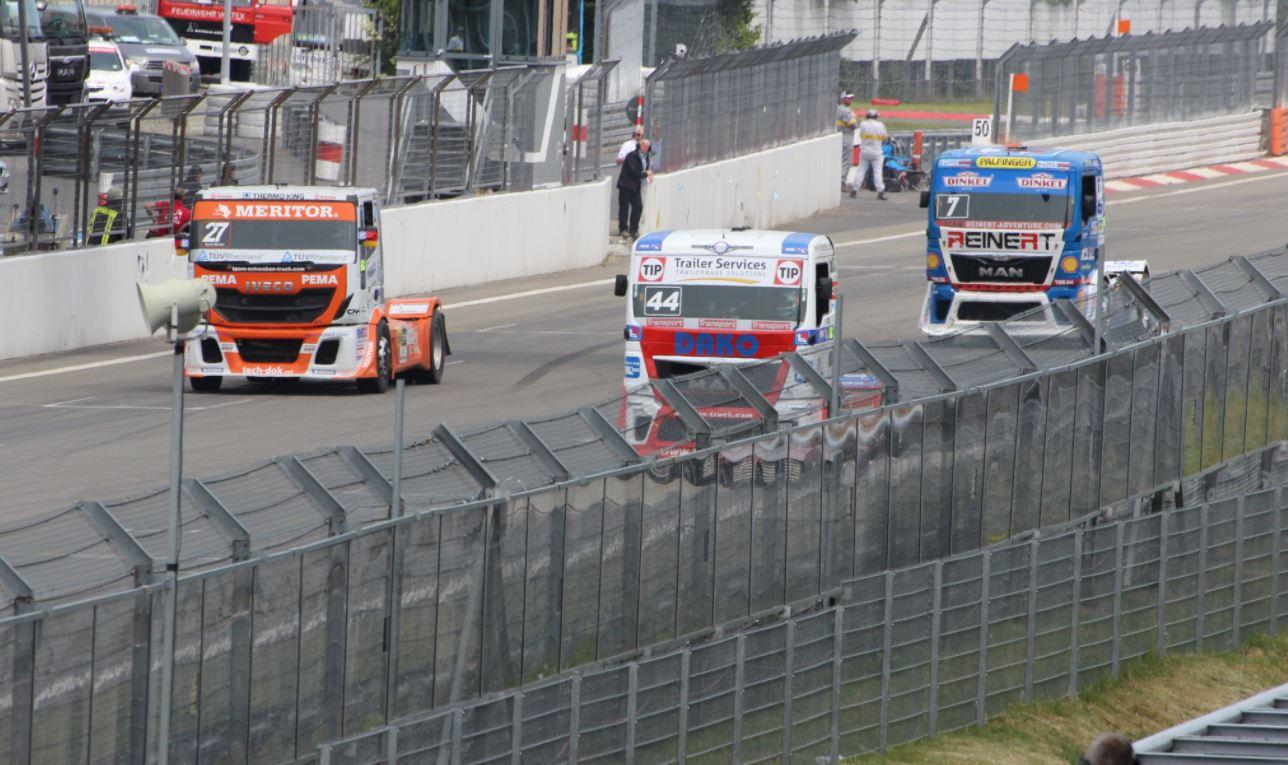 Wyścigi ciężarówek bardziej ekologiczne? Pomogą w tym gazowe trucki Iveco