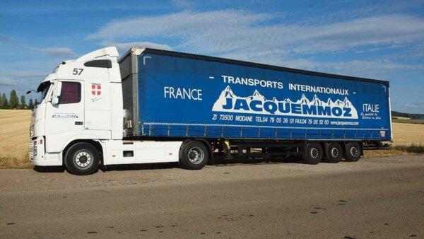 Franța | Limita de greutate maximă admisă de 44 de tone se va aplica doar transportului național