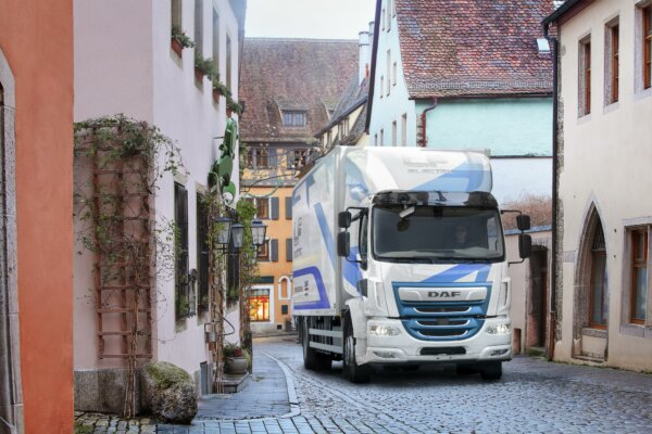 Leyland Trucks to take part in UK Government electric truck trial using DAF LF Electric