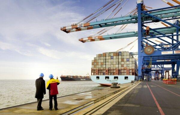 Deutsche Post DHL Group übernimmt Seefrachtspezialisten J.F. Hillebrand Group