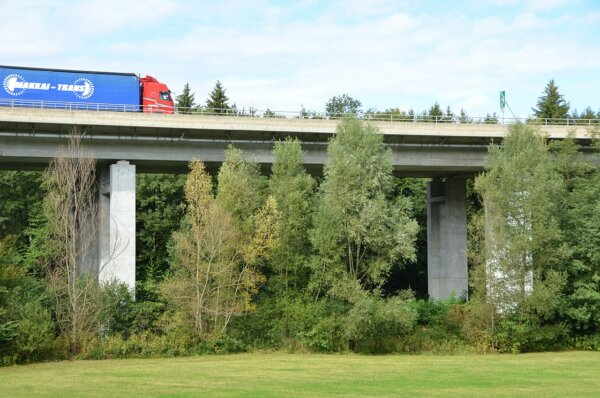 Slovenia: overtaking ban for lorries on all motorways from November