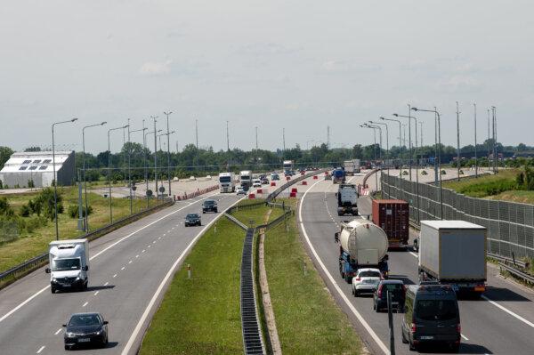 Запрет на обгон для грузовиков на польских автострадах. Посмотрите, где грузовики не могут обгонять