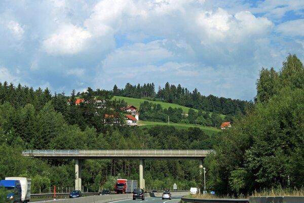 Austria reduce și mai mult taxele rutiere pentru vehiculele grele fără emisii