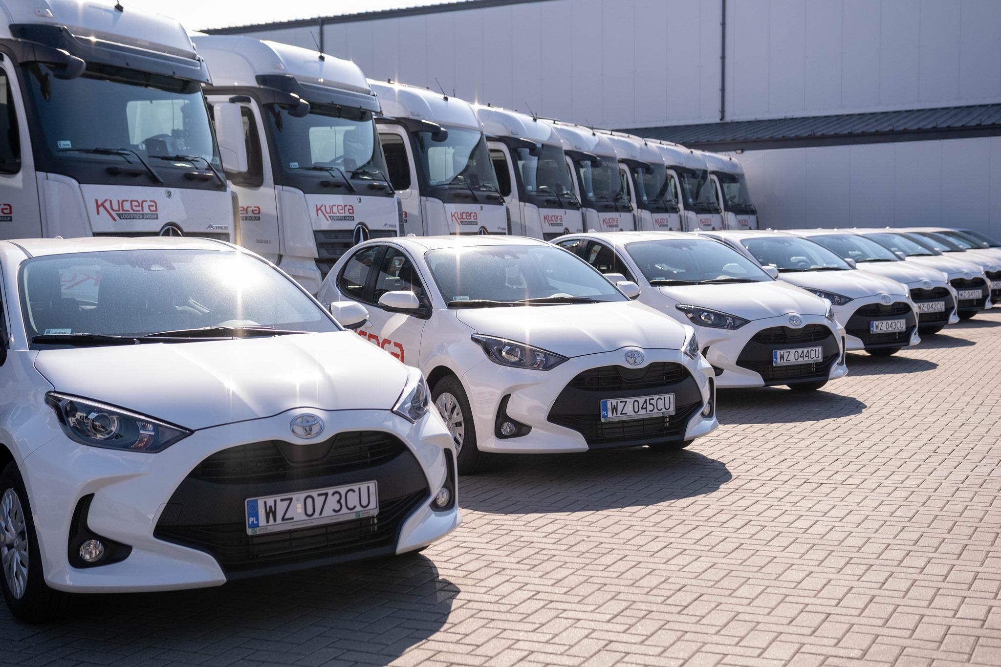 Neįprasta transporto įmonės mintis. Kiekvienas sunkvežimio vairuotojas gaus lengvąjį automobilį