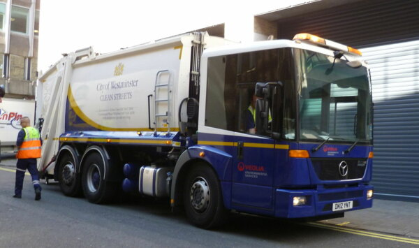 UK retail and waste management bodies repeat calls for lorry driver visas