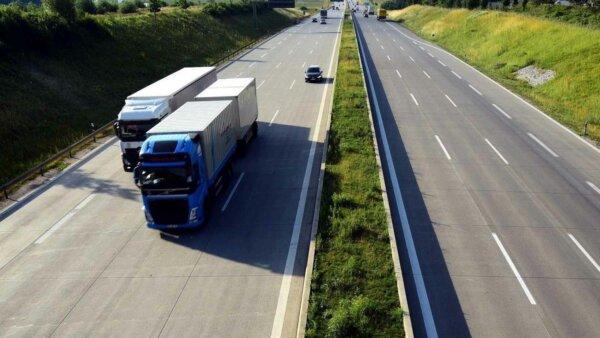 În această țară europeană depășirea va fi interzisă vehiculelor cu greutatea mai mare de 7,5 tone