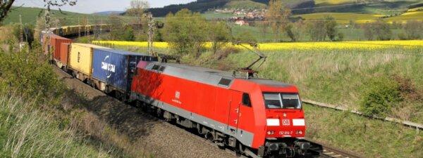 Vokietijos traukinių vairuotojai planuoja naują streiką šį trečiadienį