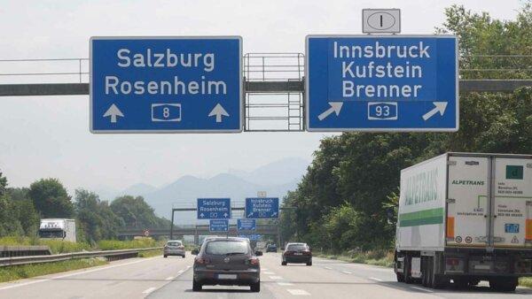 Oficialii austrieci solicită introducerea taxelor rutiere pentru camioane pe toate drumurile țării