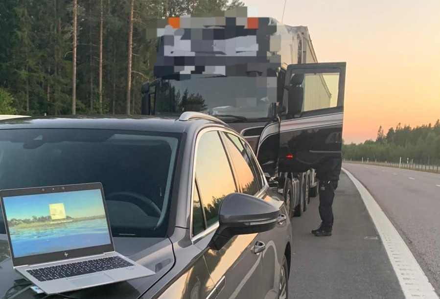 """Swedish police fighting """"never-ending stream of cheating in transport"""""""
