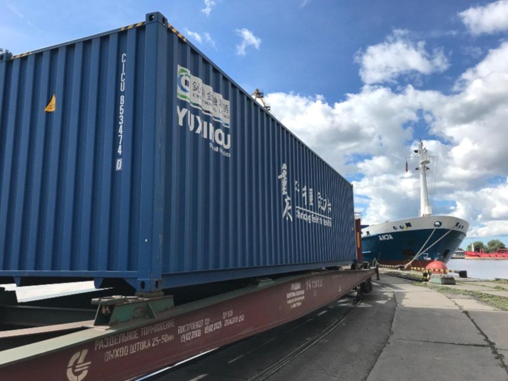 Rusijos geležinkeliai didina transporto tarifus. Lietuvoje gali brangti kiniškos prekės