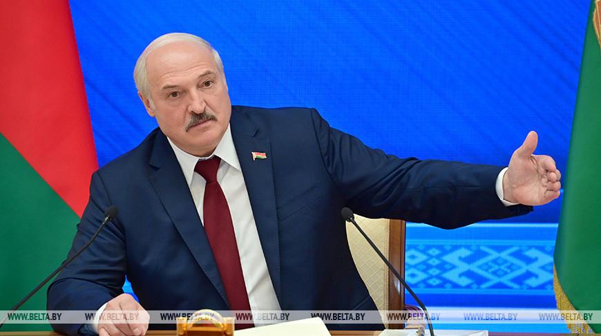 Minskas sako galintis skubiai nukreipti kalio trąšų eksportą iš Lietuvos į Rusijos uostus