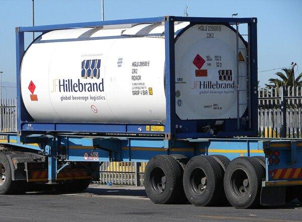 Grupa DPDHL kupuje jednego z najstarszych operatorów logistycznych na świecie. Transakcja za 1,5 mil