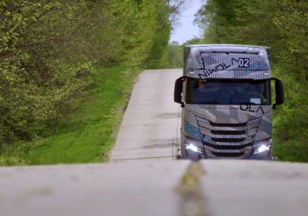 Mégiscsak lesz Nikola teherautó? A cég, amelynek vezetőjét csalás miatt lecsukták, új videót tett kö