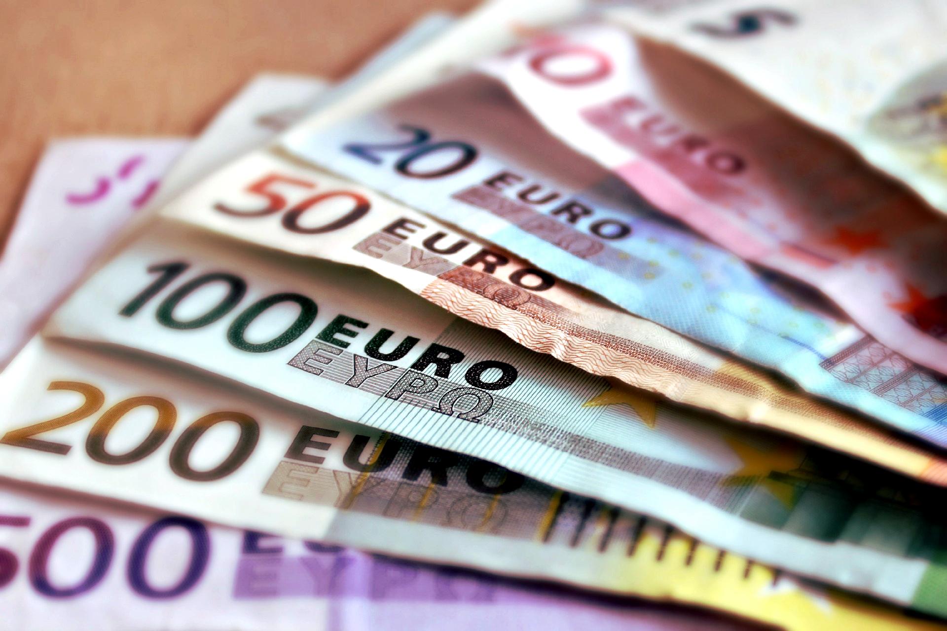 Löhne der Fahrer müssen um bis zu 30 Prozent steigen – appelliert ein Spediteur