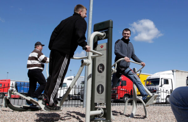 New outdoor gym for truckers opens at German rest area