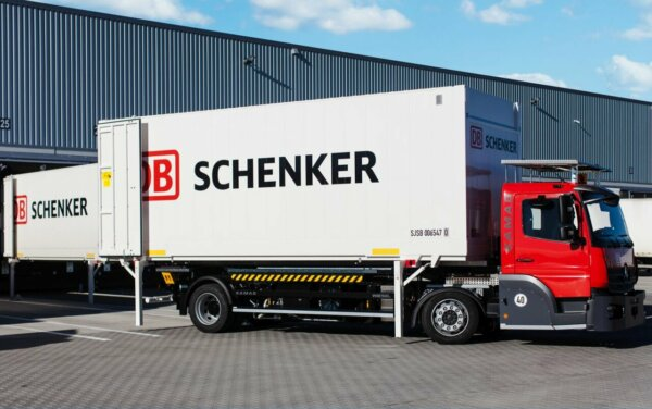 Ez a cég tényleg meg akarja venni a DB Schenkert