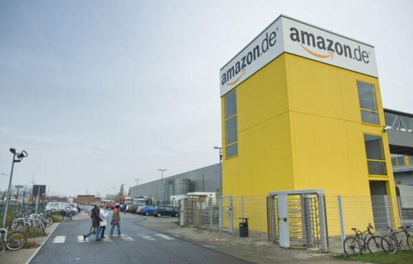Amazon schafft feste Jobs und baut acht neue Logistikzentren in Deutschland