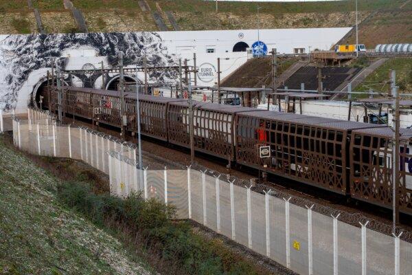 CargoBeamer kooperiert mit Eurotunnel, um den Fahrermangel zu mindern