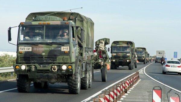 Ismét katonai konvojra kell számítani az utakon