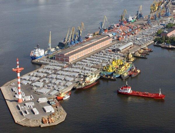 Rusija leido sankcionuotų produktų tranzitą per kai kuriuos savo uostus