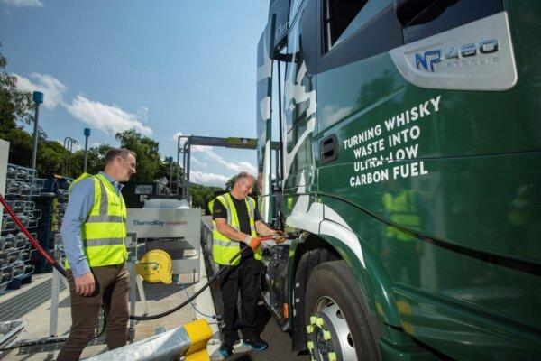 LKW fahren mit Biogas aus Whisky-Abfällen