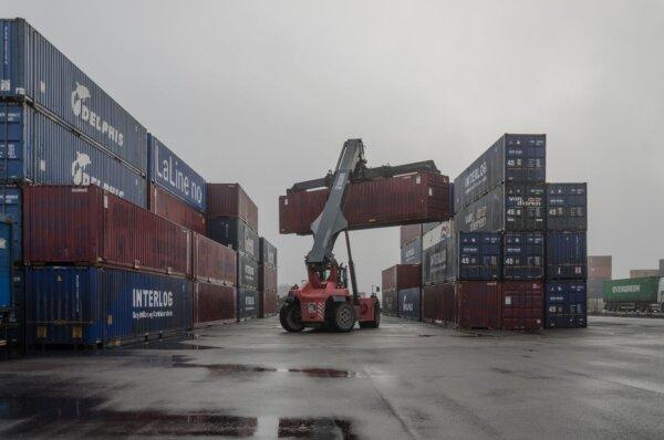 Контейнерные перевозки на евразийском пространстве в первом полугодии 2021 года выросли на 50 проц.