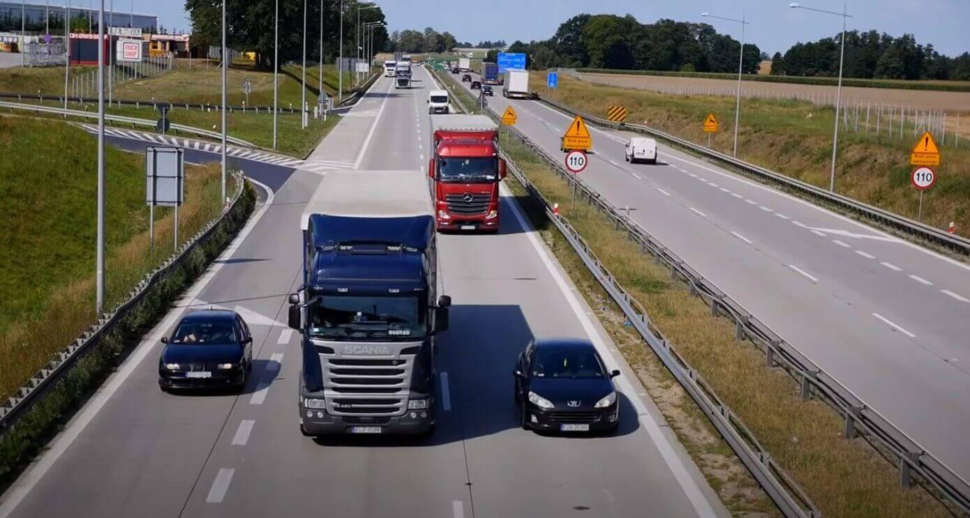 Pusė milijono Eur baudos už konkurencijos boikotavimą. Prancūzijos tarnyba griežtai nubaudė transporto įmones ir organizacijas