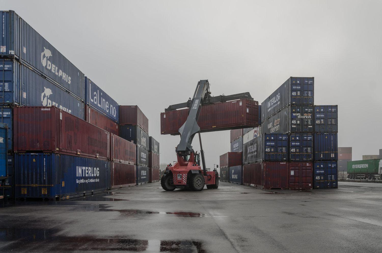 Rusija šiemet 4 kartus padidino konteinerių gabenimą iš Kinijos į Kaliningradą