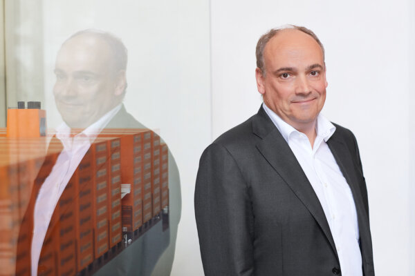 """Hapag-Lloyd CEO: """"freight rates are too extreme"""""""