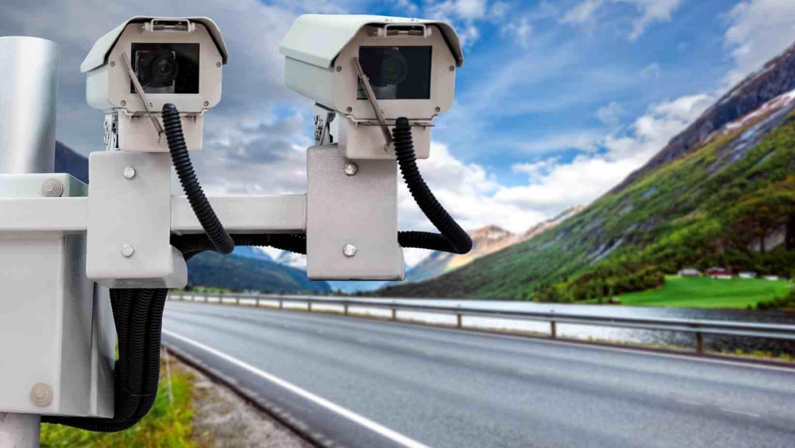 Propunere legislativă depusă la Parlament privind implementarea unui sistem video de monitorizare a traficului rutier