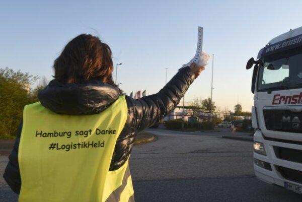 """Aktion für LKW-Fahrer:rinnen – """"Hamburg sagt Danke"""", ein Hoch auf die Logistikheld:innen"""